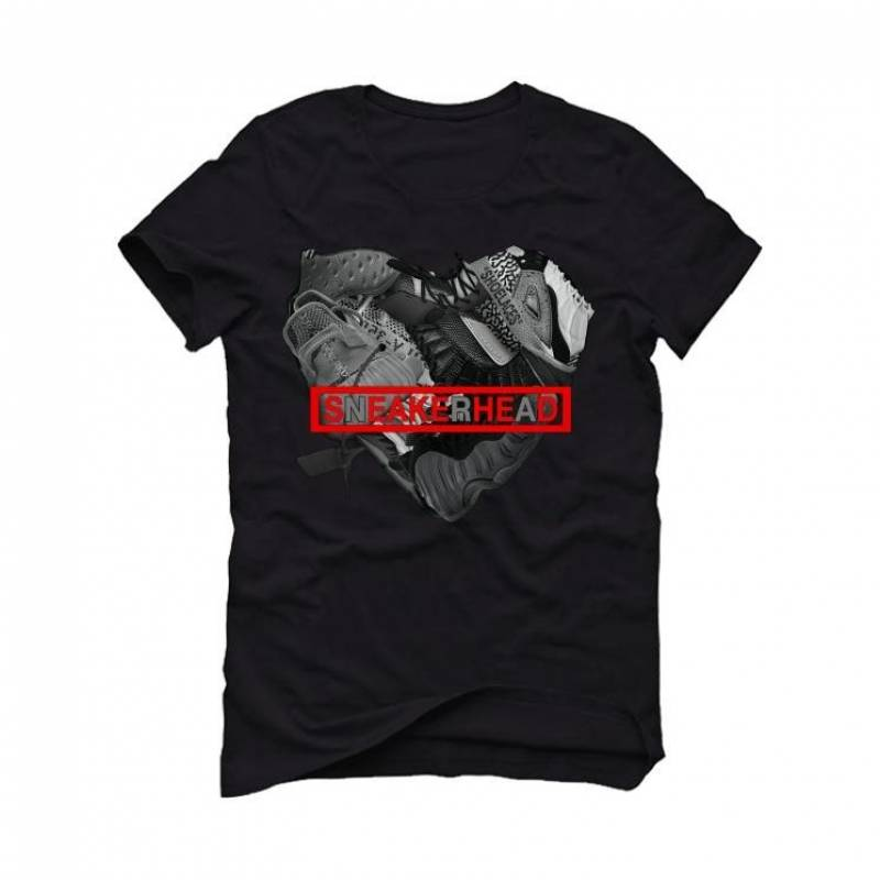 THE AIR JORDAN 11 BRED2020 Black T-Shirt (SNEAKERHEAD HEART)
