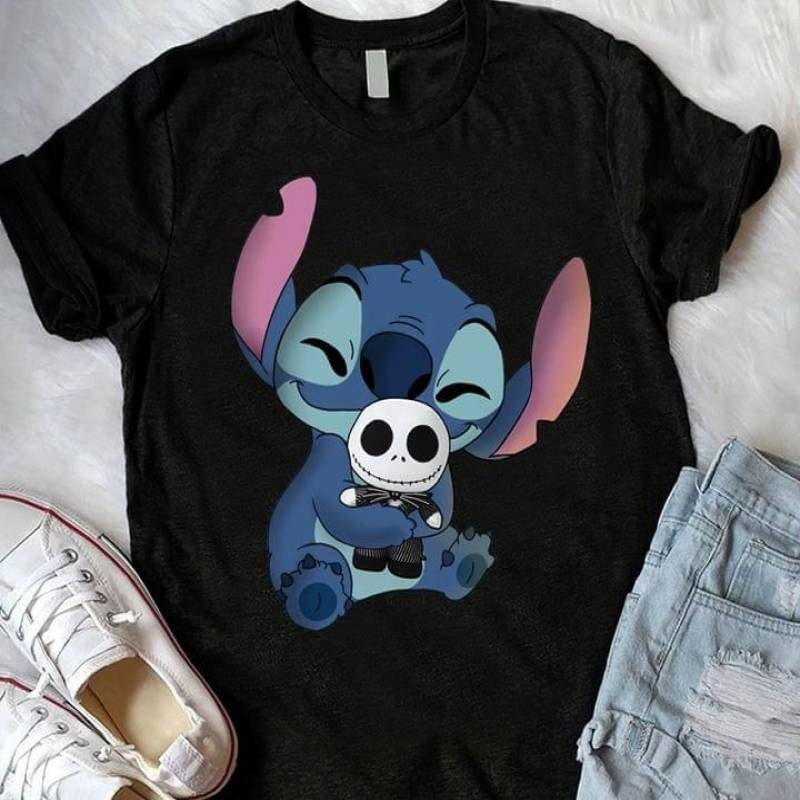 Stitch hug jack skellington doll for fan t shirt