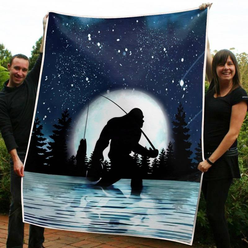 The Blue Sky  Bigfoot  Blanket 3832203009